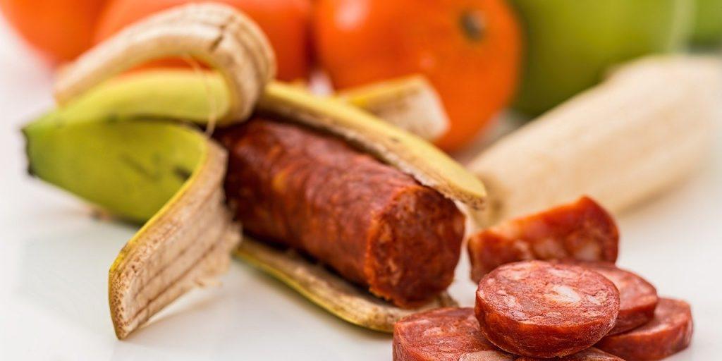 gm food, banana, chourico
